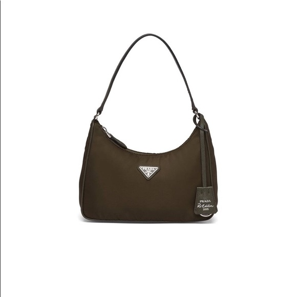 BNWT Prada Black Re-edition 2005 shoulder bag
